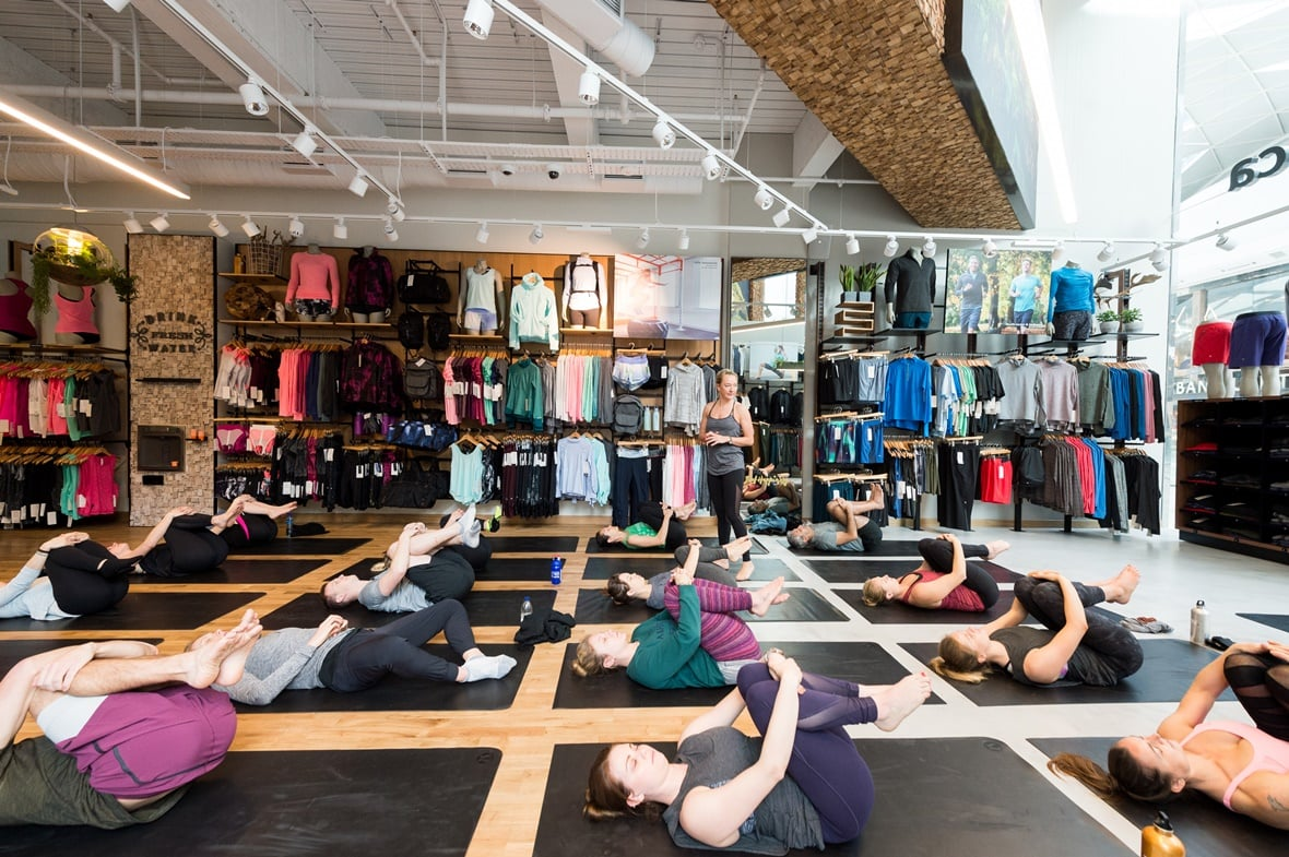 lululemon yoga in-store class with lululemon ambassadors
